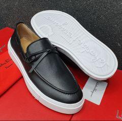 Salvatore Ferragamo Classic Loafers Black White