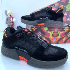 Reebok Classic Sneakers