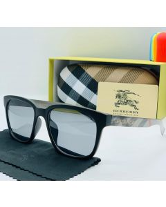 Burberry Classic Glasses